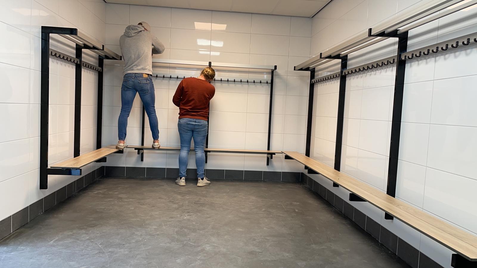 Kleedkamer renovatie in volle gang